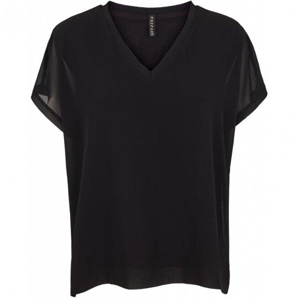 54977019b86 Super lækker kortærmet sort bluse fra Prepair (style 1093) til 449 ...