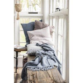 Tæpper og puder