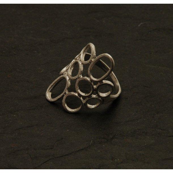PURE Fingerring med cirkler 17 mm (Sølvbelagt)